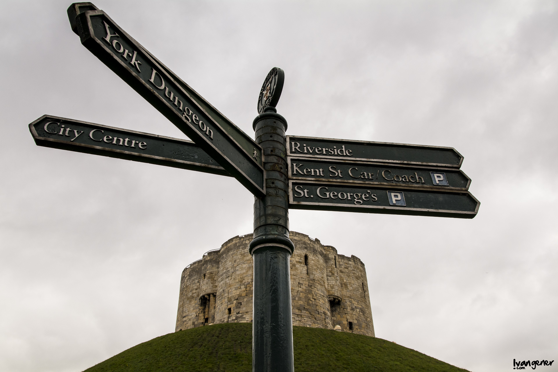 "20/09/2014 – Clifford's Tower, York. ""Directions""."