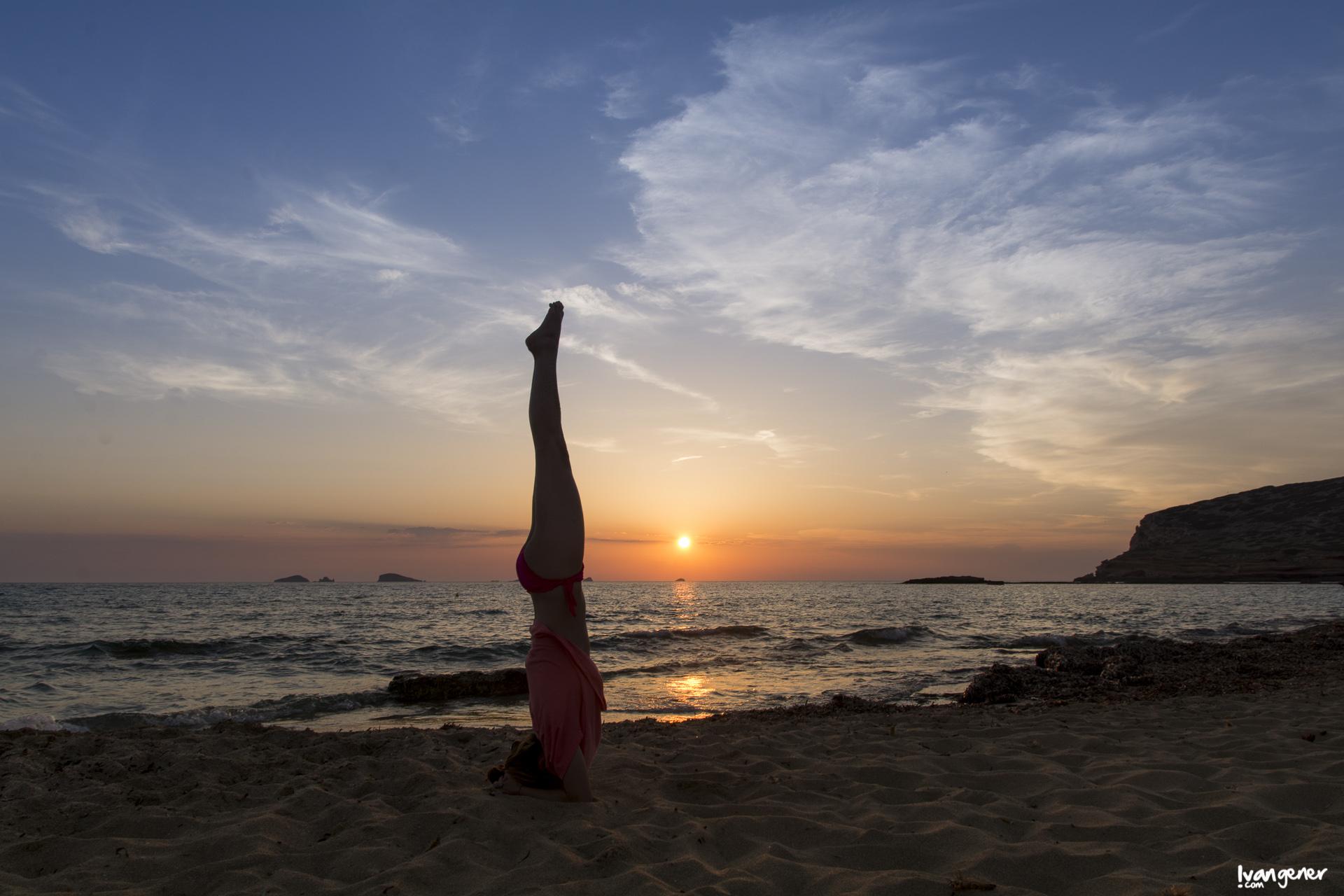 "12/06/2014 – Cala Comte, Eivissa. ""Yoga""."